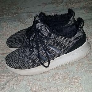 Adidas black white Cloudfoam tennis shoes 6